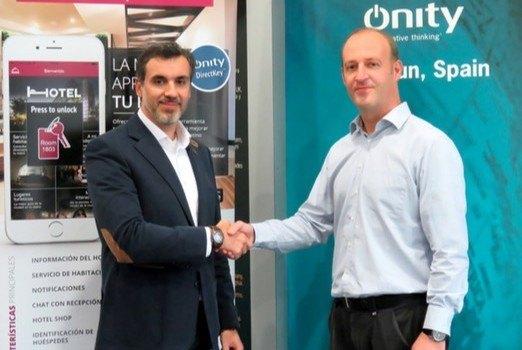 La alianza entre HotelVip y Onity abre las puertas de los hoteles desde el móvil